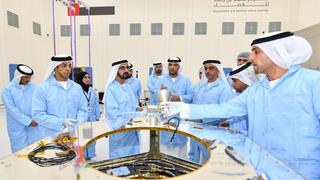 dubai-space-center-engineers 2