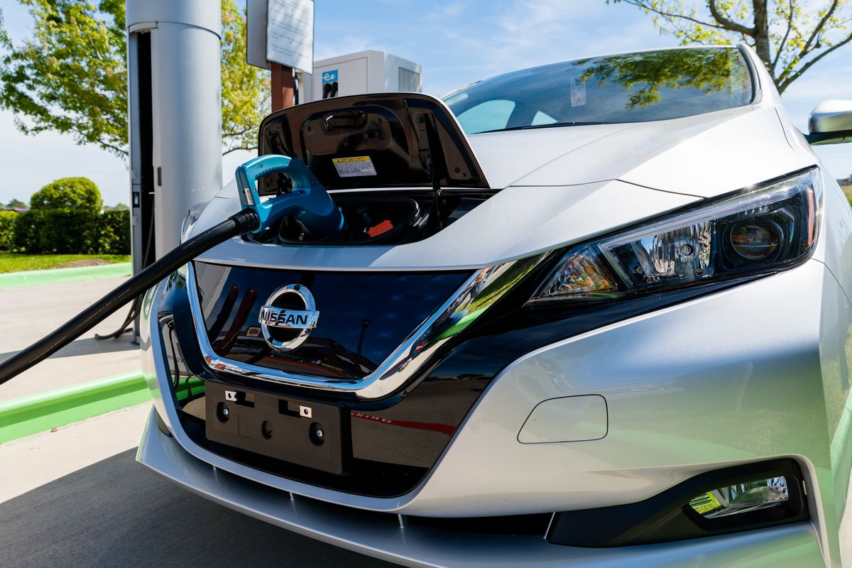 Nissan Electric Cars C Shutterstock